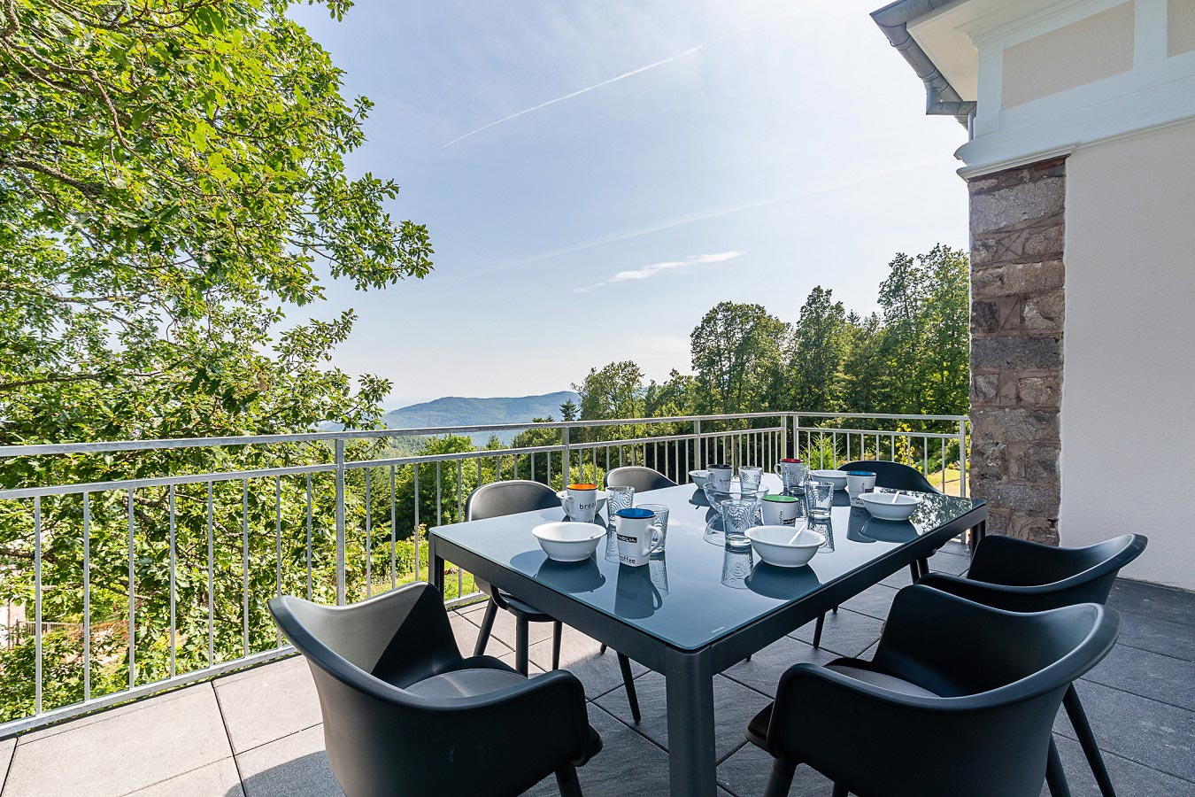Azur Lodgings : the terrace